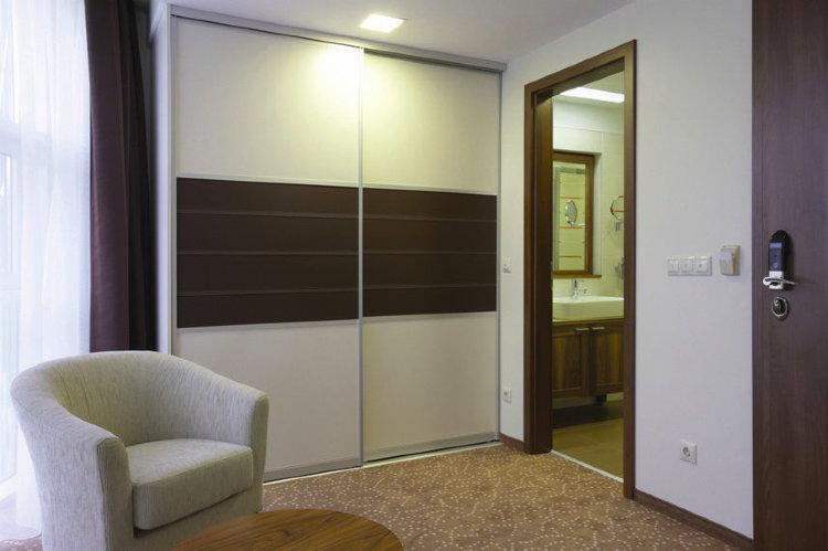 Folding bedroom doors